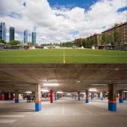 Nuestra Sra. del Recuerdo学校公共停车场及体育场